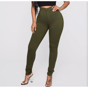 SUPER HIGH WAIST SKINNY JEANS NEW WITH TAGS